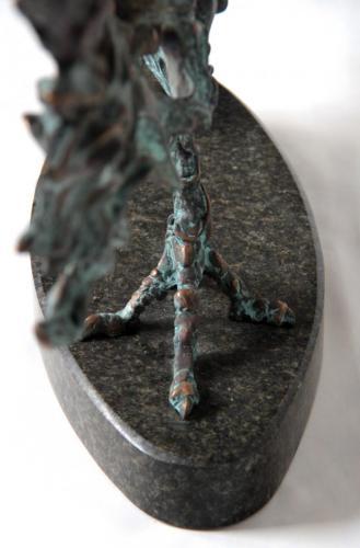 РИБА МЕЧ, бронза, камінь, 44Х97